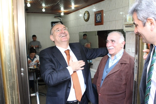 Sarıyer Merkezde Sedat Özsoya yoğun ilgi galerisi resim 24