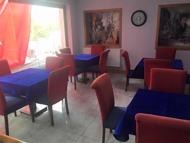 beyaz-sayfa-cafe-sariyer2.jpg