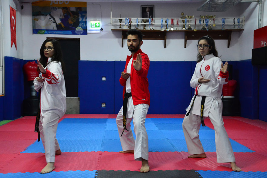 karate-ic1-001.jpg
