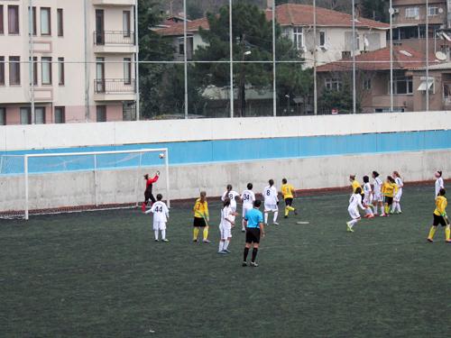 kirecburnnu_kiz_futbol_takimi1.jpg